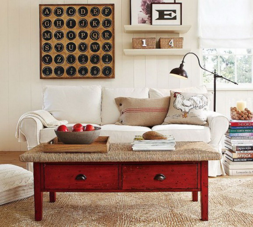 ------------------------------------------------------decoration in red 8 3