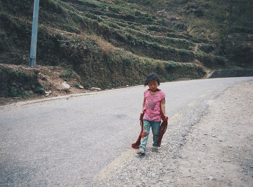 --------------------------------------Kids-from-Nepal4  880