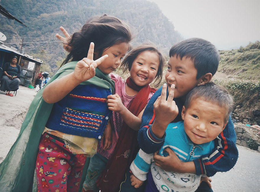 ----------------------------------Kids-from-Nepal6  880