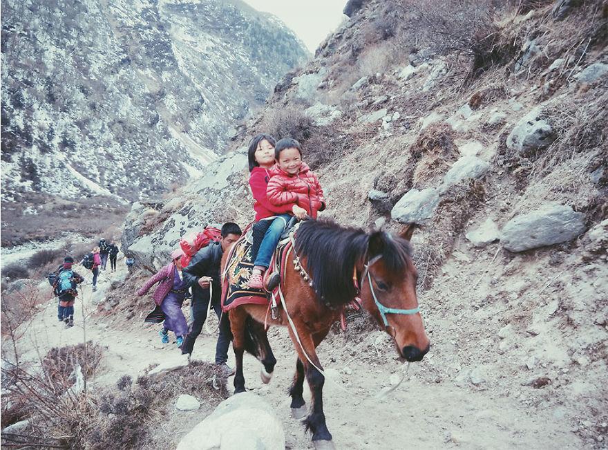 --------------------Kids-from-Nepal11  880
