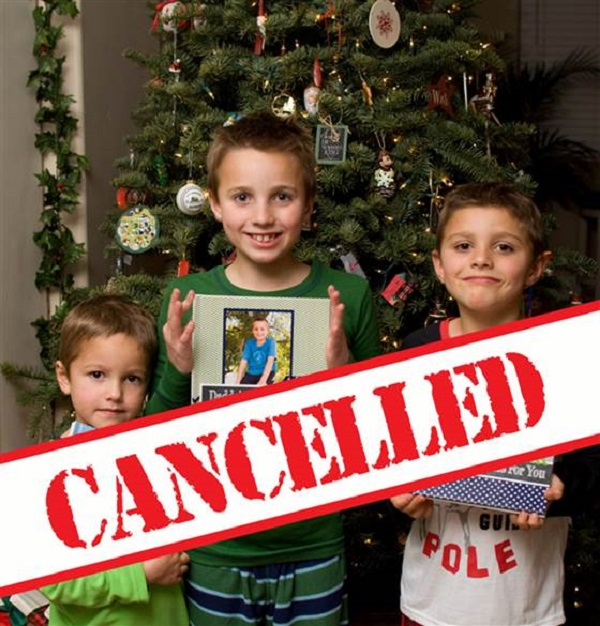 1D274907360557-today-cancelled-christmas-141203-01.blocks desktop medium