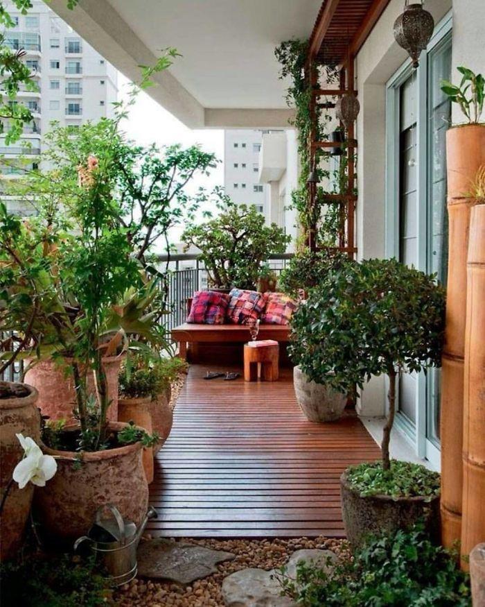balcony decorating ideas 106 573dad3164e0b 700