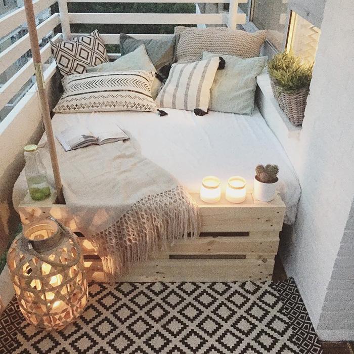 balcony decorating ideas 23 573c3b2b40654 700