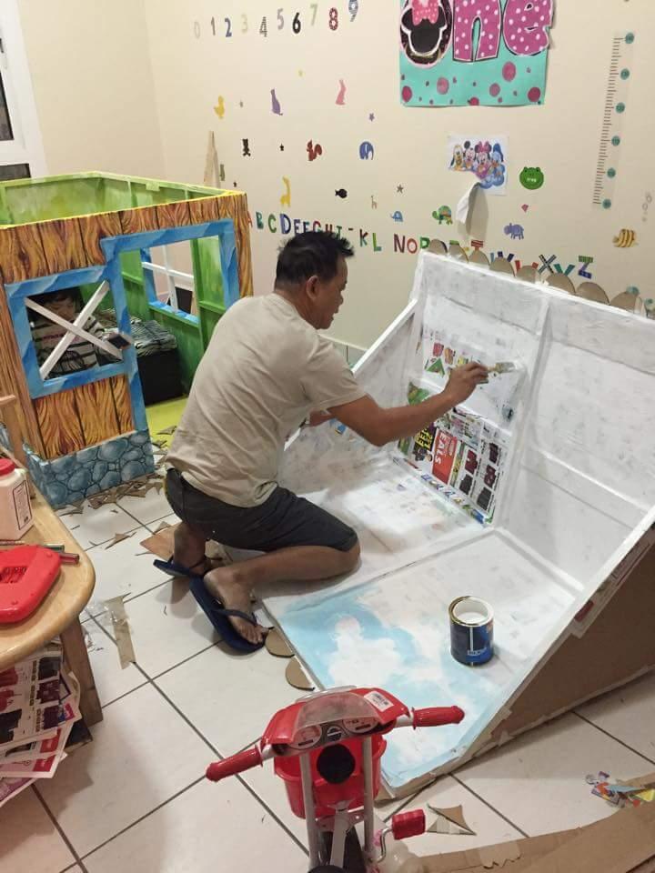 DIY cardboard playhouse 07
