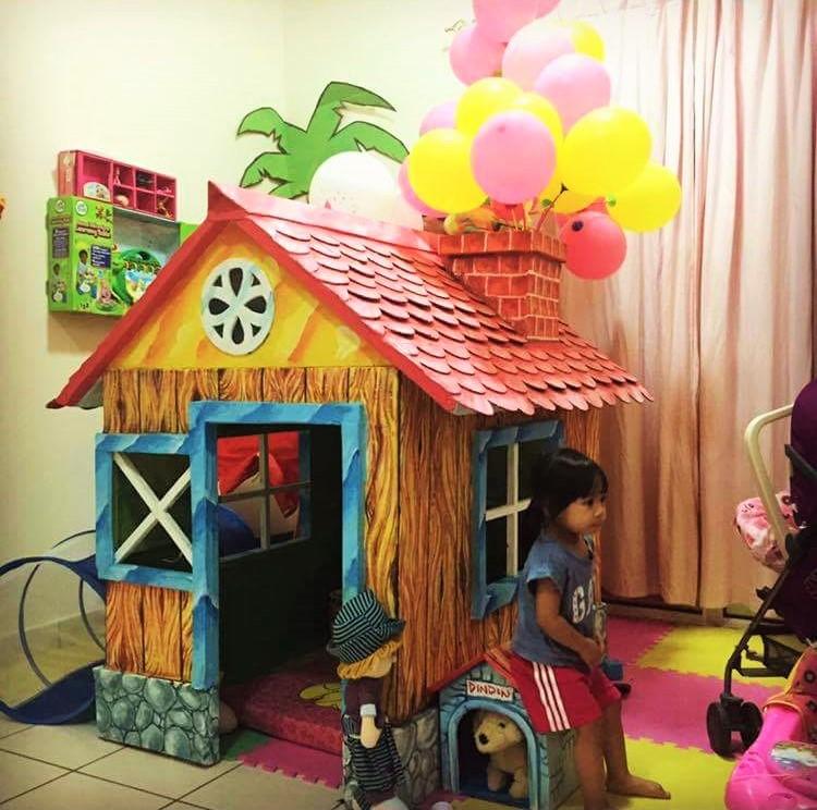 DIY cardboard playhouse 13