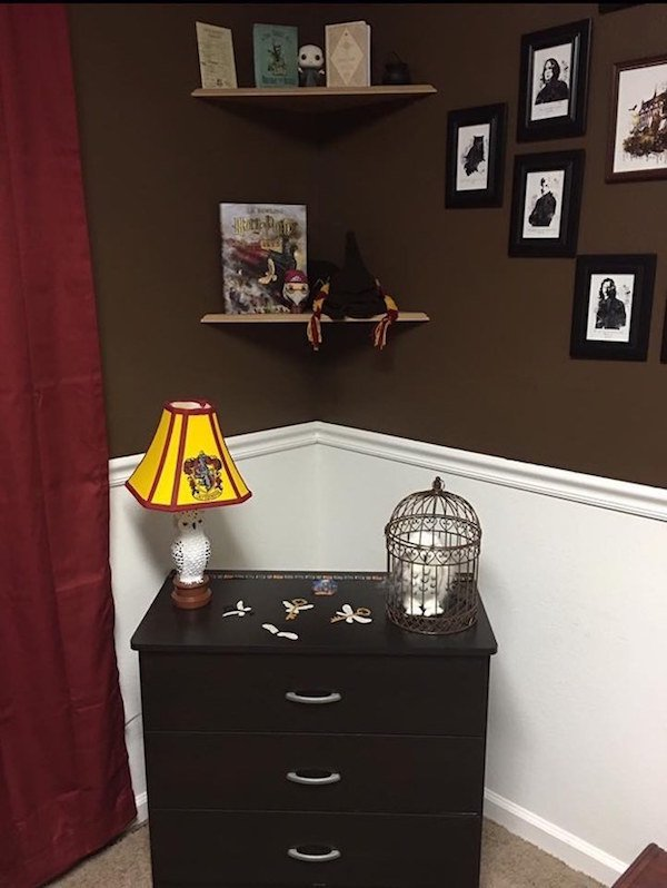a harry potter themed nursery is proof that some parents really go that extra mile 20 photos 2