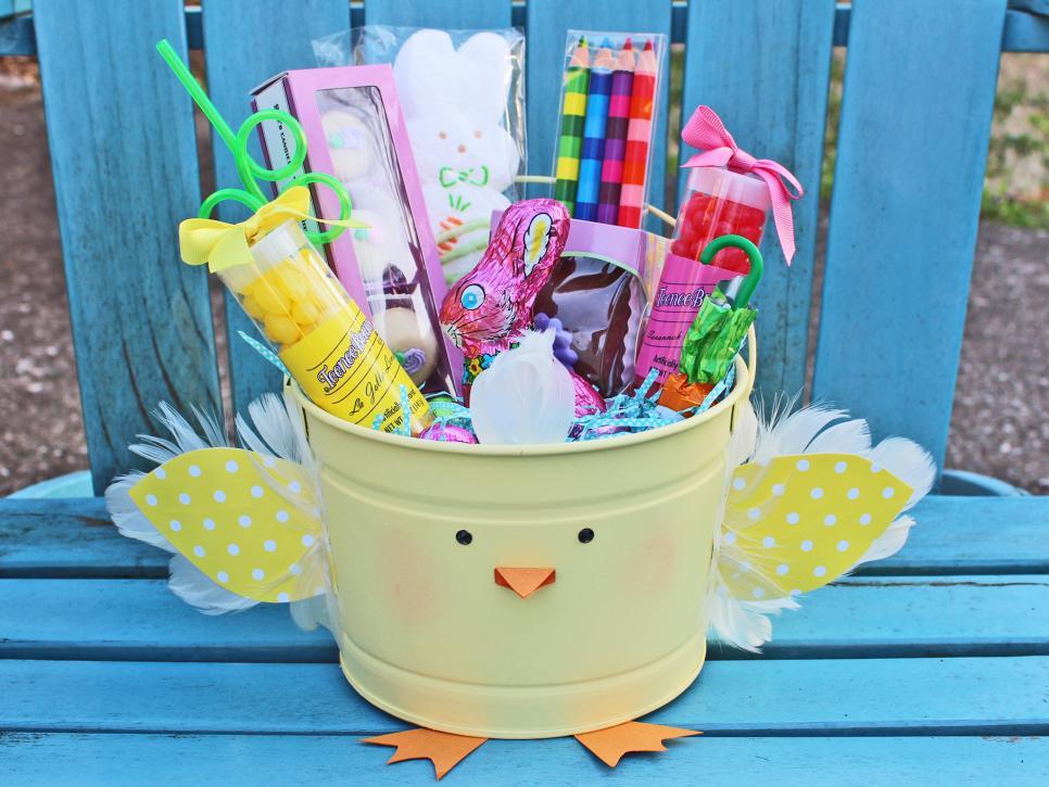 original Camille Smith chick Easter bucket beauty blue chair horiz.jpg.rend.hgtvcom.966.725