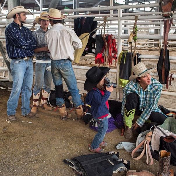 4-year-old-photographer-hawkeye-aaron-huey-the-american-west-5