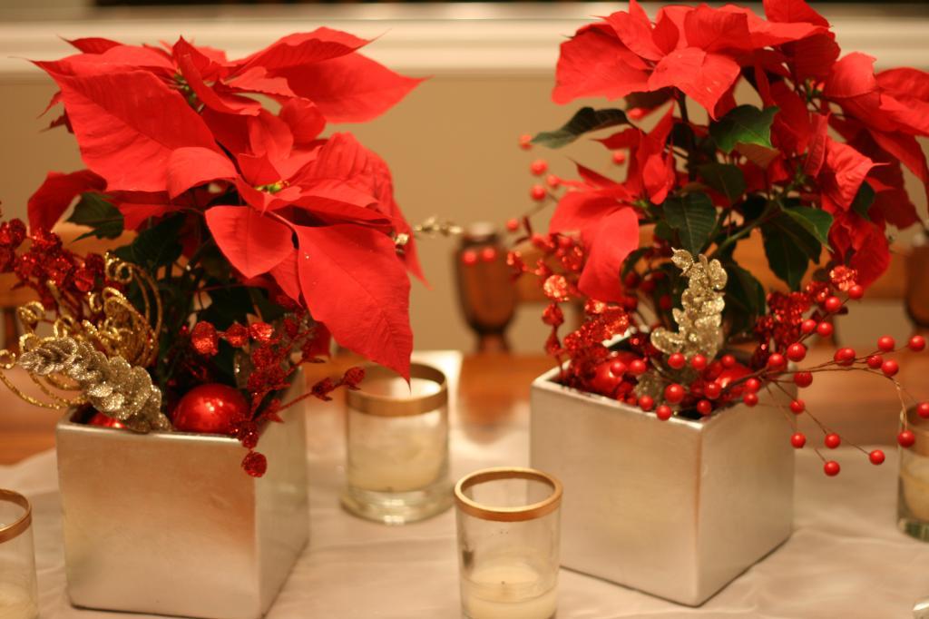 christmas table 8 3