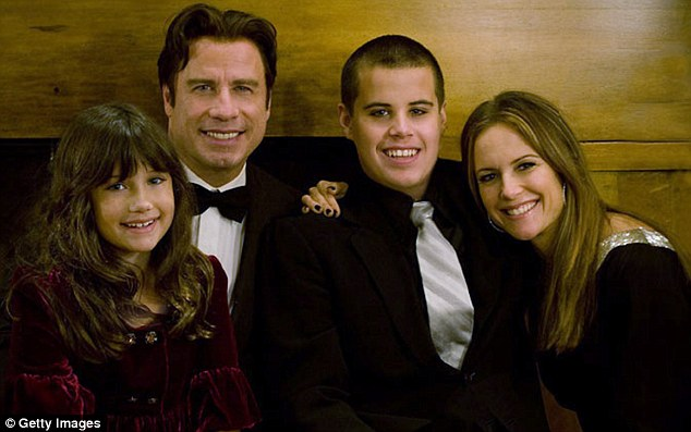 301A8ACD00000578 3396529 Family photo In this undated photo Travolta is pictured with his m 15 1452637942742