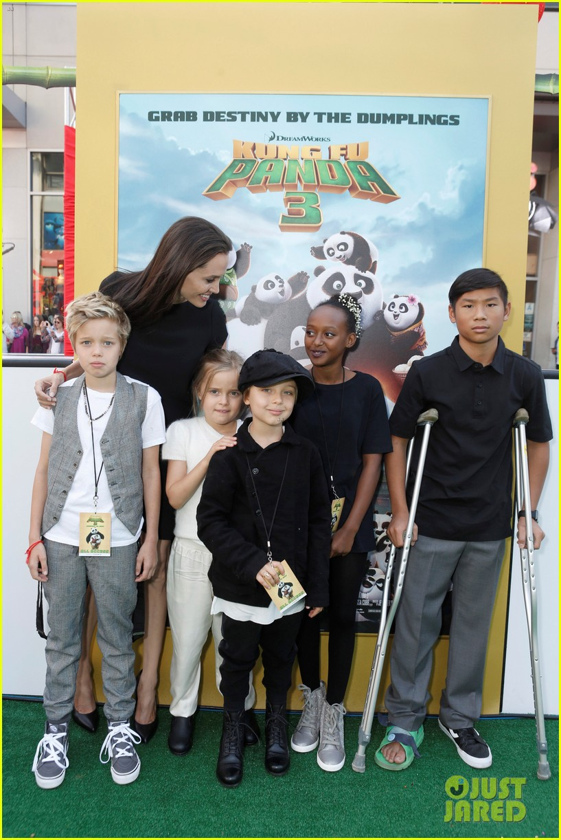 angelina jolie brought five of her kids to kung fu panda 3 premiere 02