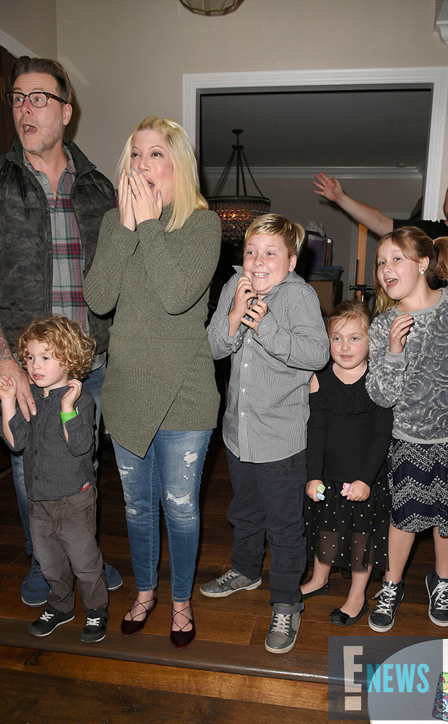 rs 634x1024 161219125723 1024 tori spelling baby 5 gender reveal mh4 121916