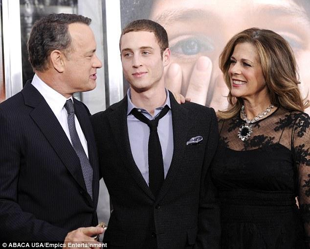 3BB5701400000578 4075132 Family affair Tom Chet and Rita are shown in December 2011 in Ne a 29 1483071912522 1