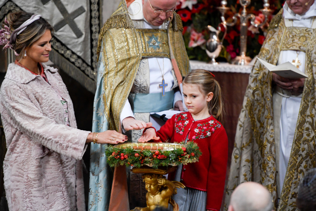 βαφτιση πριγκιπα Γκαμπριελ της Σουηδιας 11