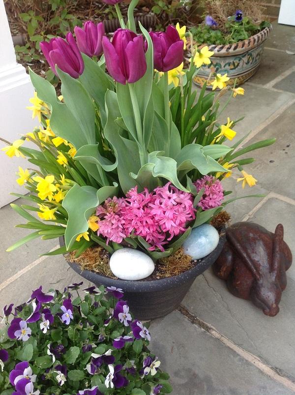 Easter Porch Decor Ideas 3