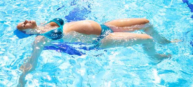xpregnant swimming