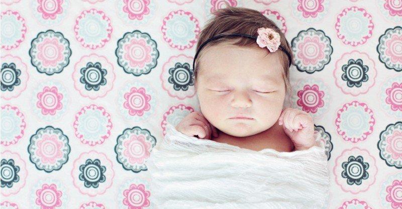 baby sleeping 800x417