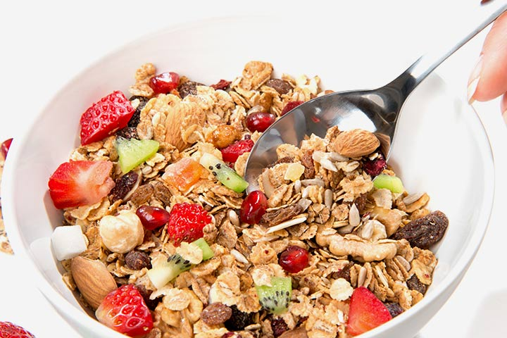 Whole Grain Cereal with Milk