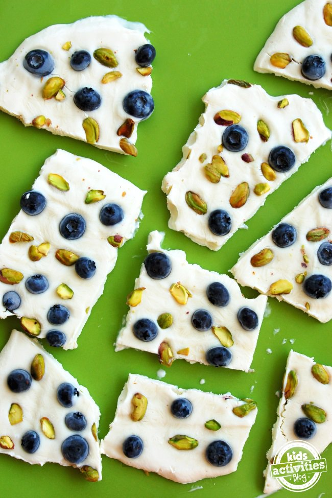 Blueberry and pistachio yogurt bars