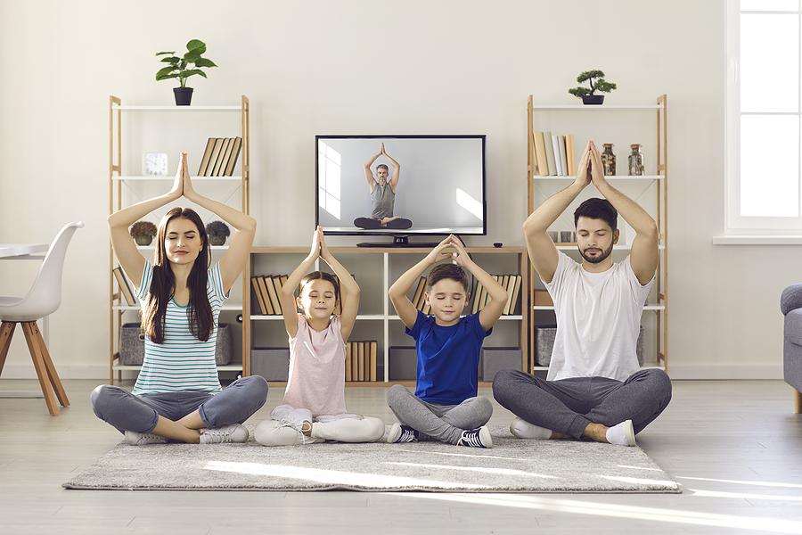 yoga gia mamades kai paidia 1