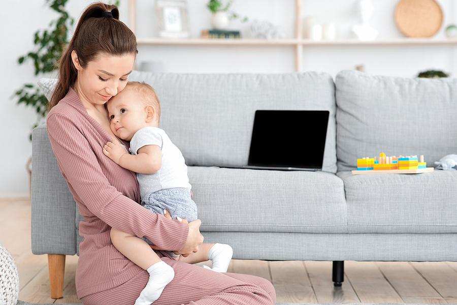 attachment parenting ti einai 3
