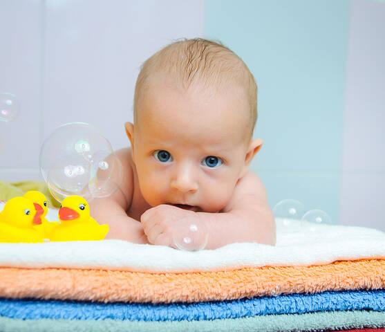 xeiropoihtio vrefiko sapouni 4