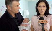 Πρώτη επίσημη εμφάνιση της νεογέννητης κόρης του Άλεκ Μπόλντουιν! (φωτογραφίες)