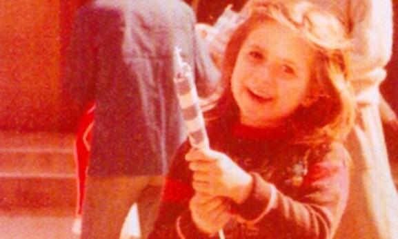 Δείτε την Κατερίνα Καραβάτου σε ηλικία πέντε ετών