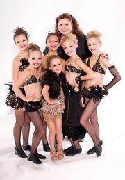 Το ριάλιτι Dance Moms προκάλεσε αντιδράσεις σε μητέρες που το παρακολουθούν
