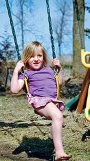 Σιαμαία κοριτσάκια που διαχωρίστηκαν επιτυχώς, σήμερα είναι η χαρά της ζωής!
