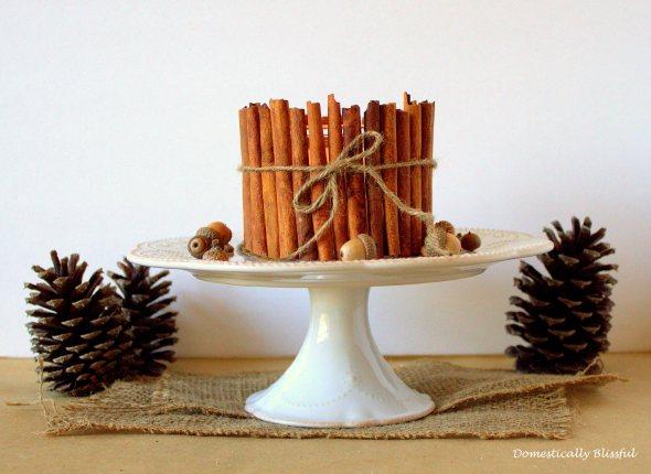 Διακοσμήστε τα κεριά σας με ξυλάκια κανέλας (εικόνες)