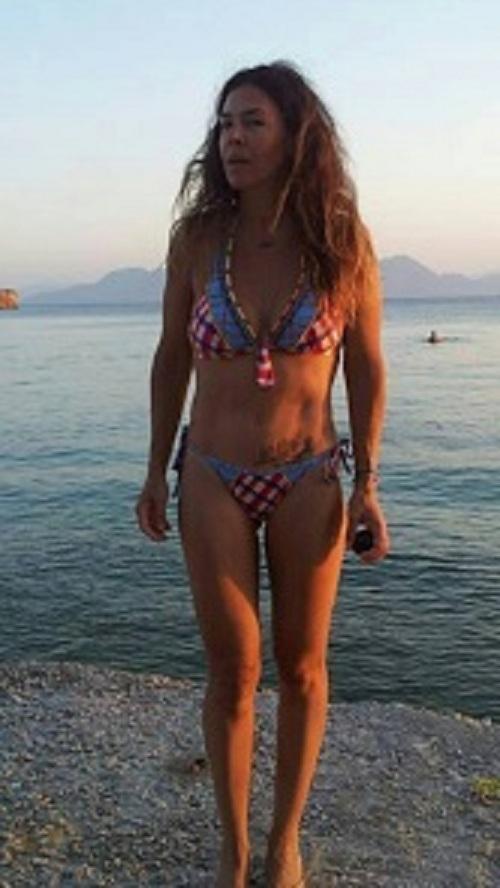 Κι όμως! Aυτό το σώμα ανήκει σε πασίγνωστη Ελληνίδα και μητέρα δύο παιδιών! (εικόνα)