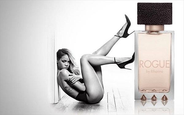 Βρετανία: «Ακατάλληλη δι' ανηλίκους» η αφίσα που διαφημίζει το άρωμα της Ριάνα!