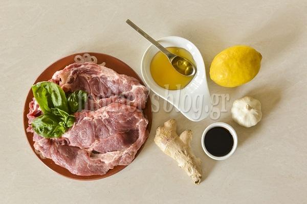 Νοστιμιές! Χοιρινές μπριζόλες με τζίντζερ, μέλι και σάλτσα σόγιας από τον Γιώργο Γεράρδο