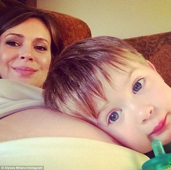 Πασίγνωστη έγκυος ηθοποιός πόσταρε στο Ίνσταγκραμ αυτήν την τόσο γλυκιά φωτογραφία!