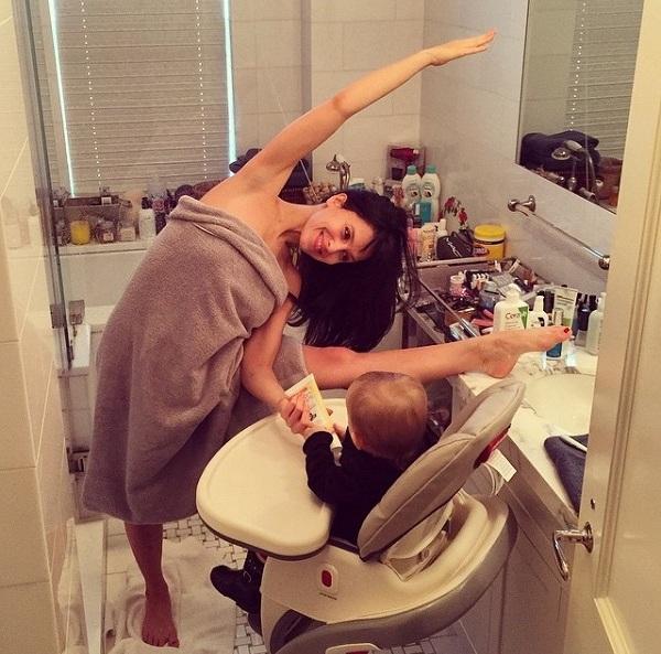 Χιλάρια Μπάλντουιν: Δε θα πιστεύετε τι κάνει με την κόρη της κάθε στιγμή της ημέρας! (εικόνες)