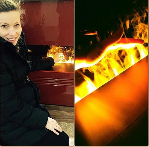 Μαριέττα Χρουσαλά: Με φουσκωμένη κοιλίτσα ζεσταίνεται στο τζάκι! (εικόνα)