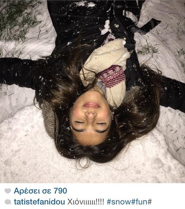 Τατιάνα Στεφανίδου: Δείτε την  κόρη της να παίζει με τα χιόνια! (εικόνα)