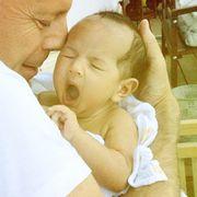 Είναι υπέροχο να έχεις τον Bruce Willis μπαμπά! Ορίστε το βίντεο και οι φώτο που το αποδεικνύουν