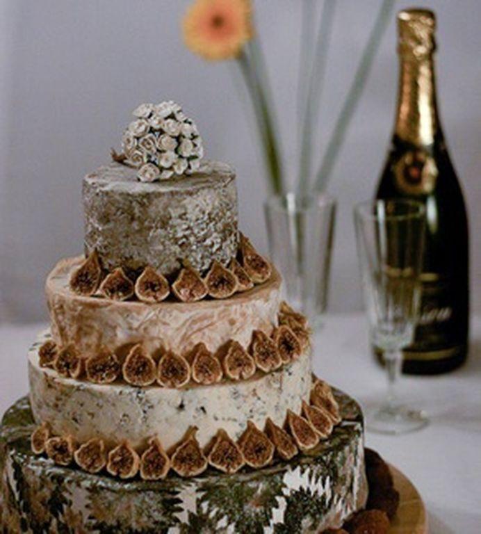Γαμήλια τούρτα από τυρί: Η νέα τάση για τους λάτρεις του τυριού (pics)