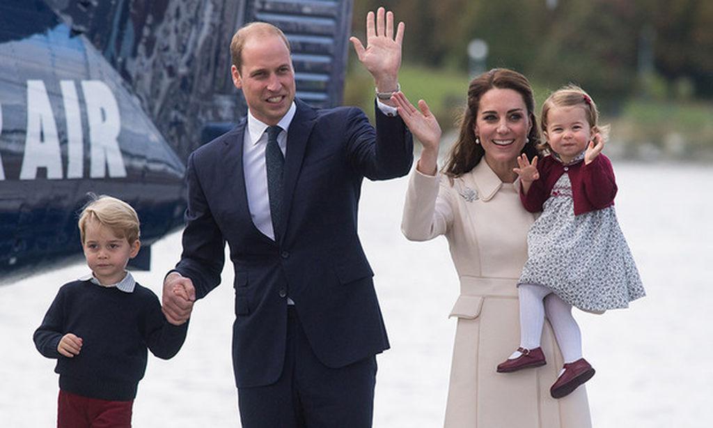 Πριγκίπισσα Charlotte: Η πρώτη μέρα στον παιδικό σταθμό «επισκίασε» εκείνη του αδελφού της (pics)