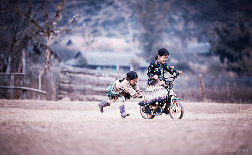 Δεκαπέντε μαγευτικές φωτογραφίες παιδιών, απ' όλο τον κόσμο, την ώρα που παίζουν (pics)