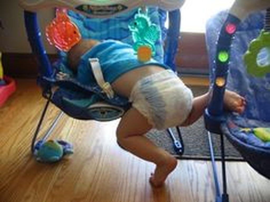 Σαράντα αστείες φωτογραφίες παιδιών που κοιμούνται στα πιο απίθανα σημεία