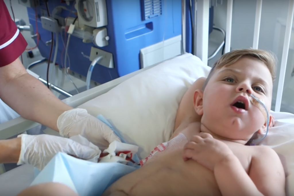 Μητέρα χάρισε τα όργανά της για να σώσει τη ζωή του γιου της