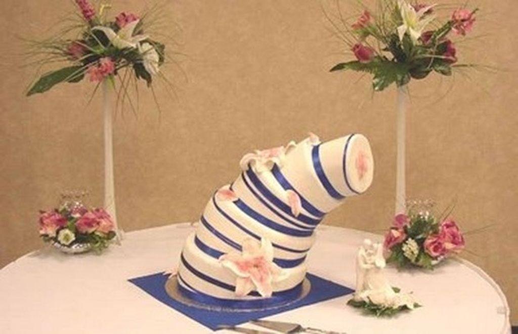 Ο εφιάλτης της νύφης: Οι χειρότερες γαμήλιες τούρτες που έχουμε δει ποτέ! (pics)