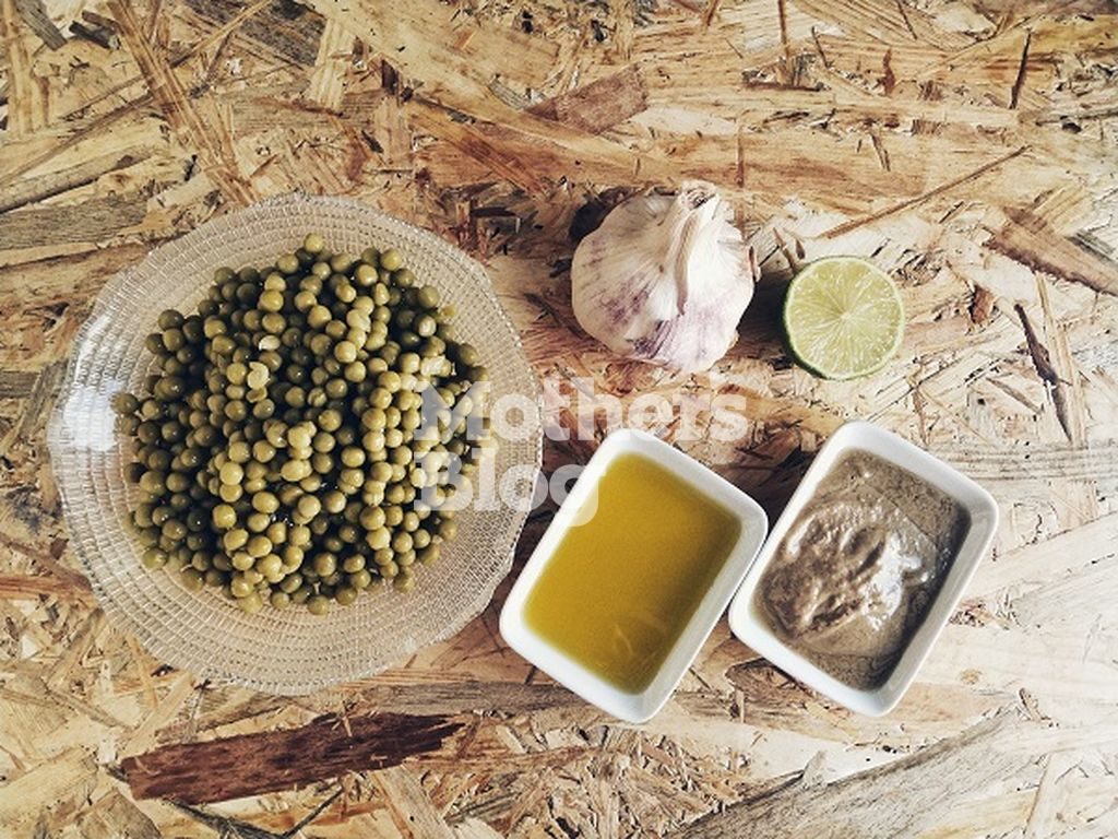 Χούμους από αρακά σε δευτερόλεπτα με πέντε μόνο υλικά από τον Γιώργο Γεράρδο