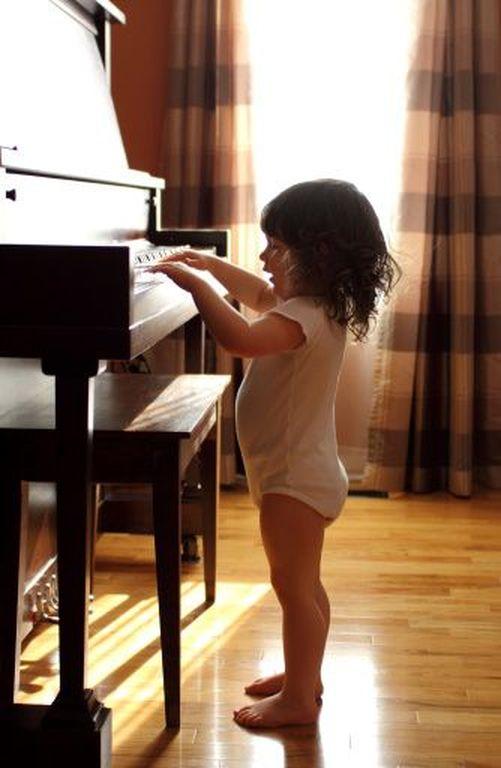 Για ποιους λόγους το μάθημα πιάνου είναι το πιο δημιουργικό χόμπι για το παιδί μου