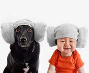 Αυτές είναι οι υπέροχες φωτογραφίες του 10 μηνών Jasper μαζί με τον 7 ετών σκύλο του (pics)