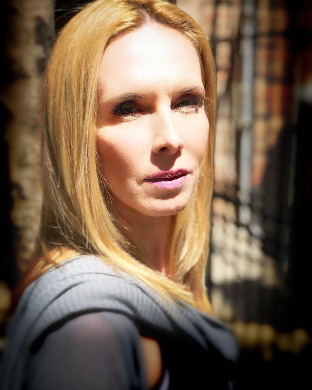 Εβελίνα Παπούλια: «Στη ζωή μου επιλέγω καλούς ανθρώπους και όχι επικίνδυνους»