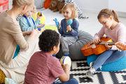 Μουσικό παιχνίδι: Πώς μπορεί να βοηθήσει ένα παιδί και πώς να το εμπνεύσει